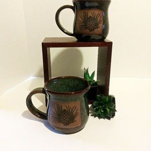 Set of 2 Ruston pine coffee mugs